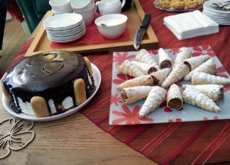 Birthday cake and caramel horns