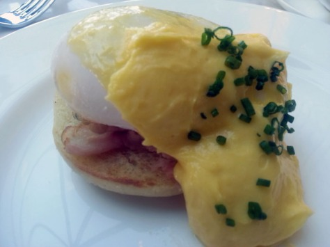 Duck's egg benedict at Leeu House