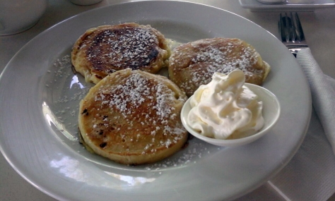 Flapjacks with cream.