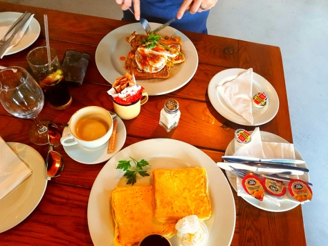 Ons Huisie breakfast.
