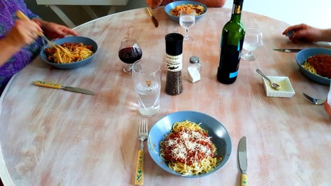 Autumn has definitely hit the Cape, so Mum rustled up the perfect Italian dins on Tuesday evening.