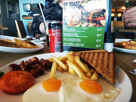 We all breakfasted together at News Cafe on Friday morning. See my early bird full English breakfast.