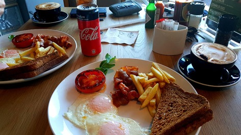 It was a real treat to sleep in late on Tuesday but still rise in time for the earlybird Engling breakfast special at News Cafe. Tomatoes were well cooked and flat whites strong, as you can see here.