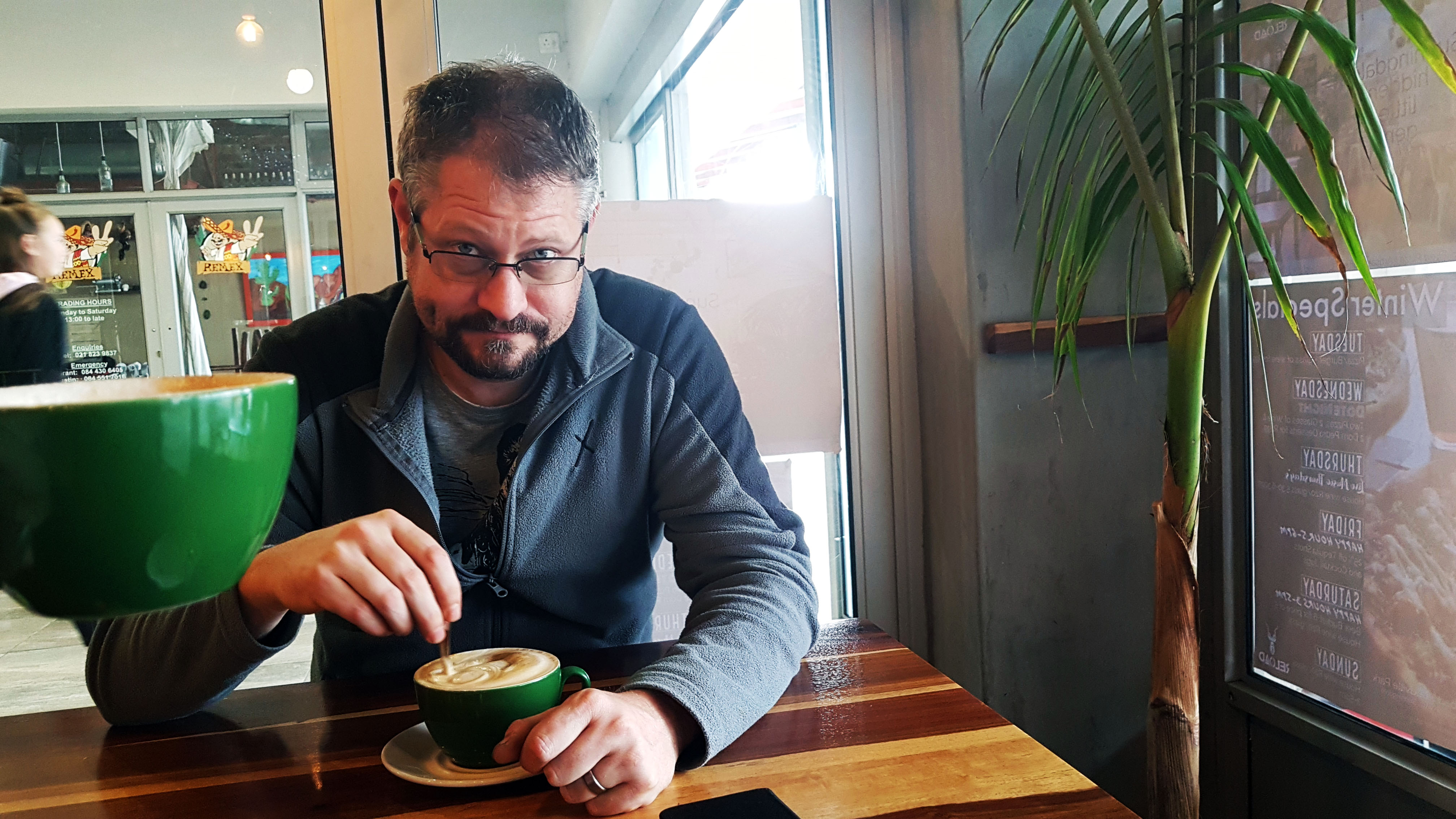 Husband decided I was in need of a Reload coffee treat early Sunday afternoon so we popped into the Parklands branch for a flat white and peppermint-choc latte. He was right, it was just what I needed!